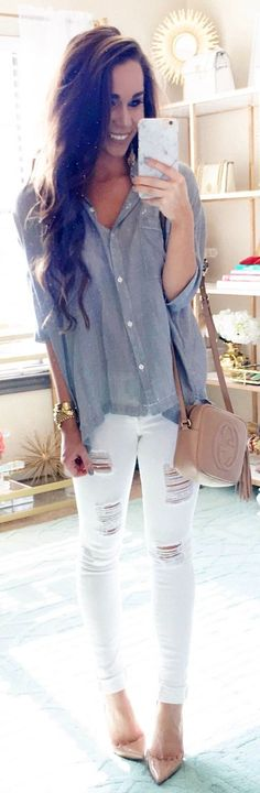 #cute #outfits  Grey Shirt / White Ripped Skinny Jeans / Beige Pumps / Beige Leather Shoulder Bag