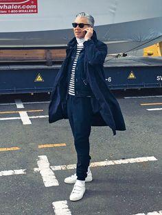 Day6 Coat_COMOLI T-Shirt_AGNES B. Pants_YAECA Shoes_NEW BALANCE 趣味でボートに乗っている藤村さん。この日は船のメンテナンスで、横浜のボートサービスの工場へ。 […]