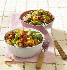 Unser beliebtes Rezept für Gemüse-Hack-Curry zu Basmatireis und mehr als 55.000 weitere kostenlose Rezepte auf LECKER.de.