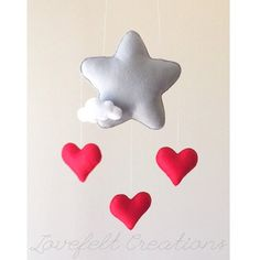 READY TO SHIP Baby mobile Star mobile Cloud par LoveFeltXoXo Star Mobile, Cot Mobile, Baby Crib Mobile, Felt Crafts, Diy And Crafts, Baby Mobile Felt, Sewing Projects, Projects To Try, Baby Deco