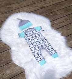 Baby boy arrows romper! Coming home outfit. Babynell
