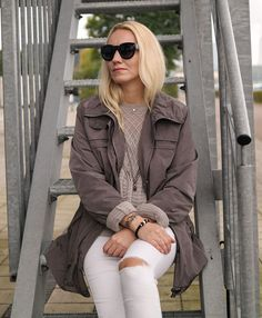 Outfits Chucks, Boyfriend Jeans, Trends, Skinny, Hot, Military Jacket, Bomber Jacket, Style Inspiration, Jackets