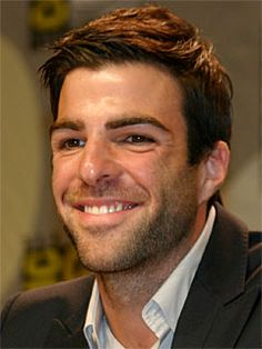 Zachary Quinto has a great smile... To bad he is a Vulcan and they don't have/show emotions :(
