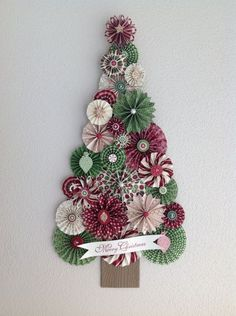 this is a GREAT idea, but the link goes to the site only for stampin up demonstrators :( Rosette Christmas | http://cutepetricardo.blogspot.com