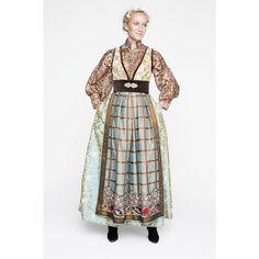 Høstinspirert stakk  #stakker #fantasistakker #evalie #evaliedesign Folk Costume, Costumes, Fantasy Gowns, Scandinavian Fashion, Going Out Of Business, Bridal Crown, Traditional Outfits, Studio, Coat