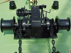 Drum anchor winch for boats from Ellsen: http://ellsenmarinewinches.com/drum-winches-for-boats/.