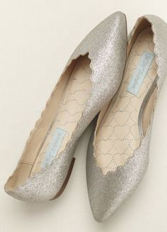 Stay comfortable and super chic at prom in these Blue by Betsey Johnson flats. Style SBCake at David's Bridal.