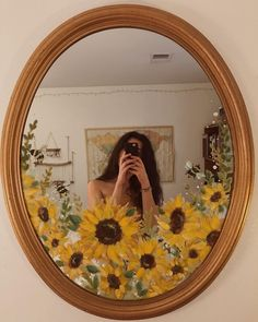 Likes, 90 Comments - ᴛ ʜ ᴀ ᴠ ʏ 𓃰 {taw Aesthetic Painting, Aesthetic Room Decor, Aesthetic Art, Mirror Painting, Mirror Art, Space Painting, Diy Mirror, Cute Room Decor, Art Hoe