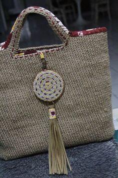 Jute fiber crochet bag with Kain Sasirangan Borneo Crochet Clutch, Crochet Handbags, Crochet Purses, Crochet Bags, Knitted Bags, Ethnic Bag, Boho Bags, Jute Bags, Summer Bags
