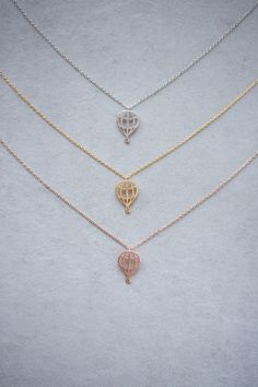 Lovoda - Hot Air Balloon Necklace, $15.00 (http://www.lovoda.com/hot-air-balloon-necklace/)