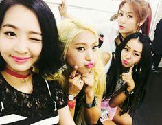 SISTAR (씨스타) is Hyolyn, Bora, Soyou and Dasom