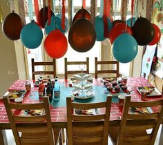 Birthday Express Wreck It Ralph movie party table balloons