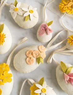 Heirloom Wool Easter Eggs Pattern