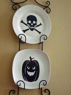 Supercalifragilisticexpialidocious!: DIY Halloween Plate Decor