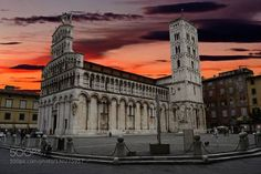 Saint Michele in Foro Cathedral Lucca - Italia 2015. http://ift.tt/1Ie2Ydp CathedralEvening SkyHeritageHistoryItaliaItalyLuccaNikon D3100OutdoorPucciniSan Michele in ForoTourismTravelPiazza San Michele