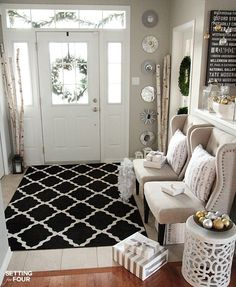 Holiday home decor ideas: How to decorate an Elegant and Neutral Christmas Foyer.