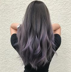 65 Ideas Hair Color Purple Grey Silver The most beautiful hair ideas, the most trend hairstyle Hair Color Balayage, Hair Highlights, Silver Highlights, Purple Balayage, Grey Hair With Purple Highlights, Haircolor, Lavender Highlights, Ombré Hair, Emo Hair