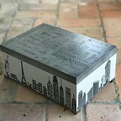 Paris Country, Cigar Box Crafts, Diy And Crafts, Arts And Crafts, Decoupage Box, Small Boxes, Painting Techniques, Chalk Paint, Projects To Try