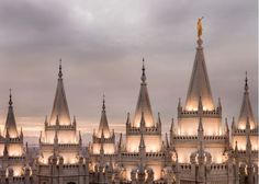 Picture of Salt Lake City Temple Rising Ramparts
