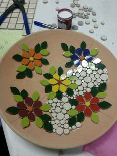 Designs for Mosaics Templates 1201 Best Geometric Design Round Oval Mosaics Images On Mosaic Tile Designs, Mosaic Tile Art, Mosaic Artwork, Mosaic Diy, Mosaic Crafts, Mosaic Patterns, Mosaic Mirrors, Mosaic Garden Art, Mosaic Flower Pots