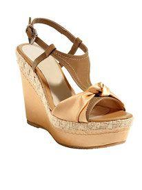 www.sn-fashion.com bietet auch tolle Abverkaufsschnäppchen bei Schuhe und vieles mehr!
