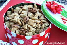 Mommy's Kitchen: Sweet Pecan & Peanut Butter Blossoms Chex Party Mix & {Giveaway Closed}