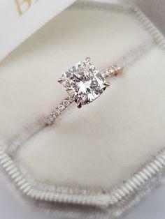 Cute Engagement Rings, Engagement Rings Cushion, Halo Diamond Engagement Ring, Diamond Wedding Bands, Vintage Gold Engagement Rings, Platinum Wedding Rings, Vintage Diamond Rings, Vintage Rings, Cushion Cut Diamond Ring