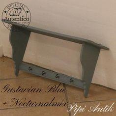 Romantisk hylde med udskæringer Gustavian Blue +Nocturnal Autentico