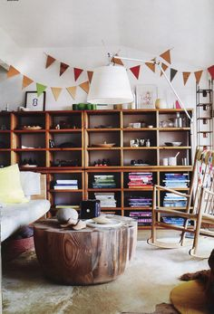 Mark Tuckey Clareville home, living room that coffeetable:) Home Interior, Interior Architecture, Interior Design, Interior Decorating, Decorating Ideas, Decor Ideas, Room Of One's Own, My New Room, Round Wood Coffee Table