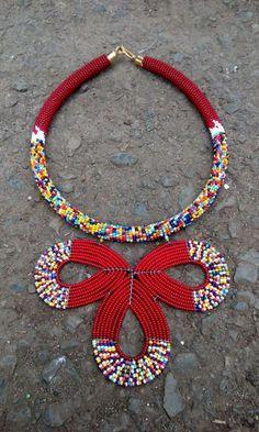 Flower pendant beaded necklace, Multi color beaded necklace, Zulu necklace, pedant necklace, Maasai necklace, African necklace, Zulu beads