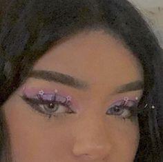 Euphoria looks maquillage Cute Makeup Looks, Makeup Eye Looks, Creative Makeup Looks, Pretty Makeup, Skin Makeup, Cute Eyeshadow Looks, Makeup Goals, Makeup Inspo, Makeup Art