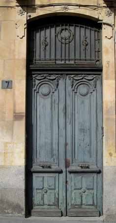 Salamanca, Spain I want to go back someday! Carved Door, Old Doors, Beautiful Places In The World, Palomino, Closed Doors, Doorway, Astronaut, Carpenter, Gates