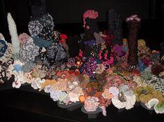 Can you put your name on your piece? Platform, Wreaths, Sea, Halloween, Crochet, Home Decor, Decoration Home, Door Wreaths, Room Decor