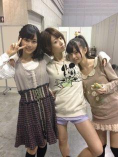 乃木坂46 (nogizaka46) saito asuka too close with my and 松村沙友理 (Matsumura Sayuri)'s 橋本奈々未 (Hashimoto Nanami) =< ~ ikuta erika is trying to steal nanamin too from me and sayuringo? nooo!!! erika-sama, you are too cute to resist. please don't step in this triangle love of sayurinanaminasuka >