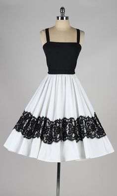 vintage 1960s dress . Lilli Diamond . white by millstreetvintage