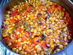 Ρεβιθάδα φούρνου !!! ~ ΜΑΓΕΙΡΙΚΗ ΚΑΙ ΣΥΝΤΑΓΕΣ 2 Chili, Soup, Vegan, Vegetables, Chile, Chilis, Vegetable Recipes, Soups, Veggie Food