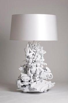 Tenés juguetes viejos? ... hacete una lampara.