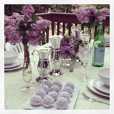 Mother's Day table setting.  amazing lavender cake pops!  Lavender purple party ideas!