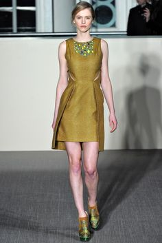 Matthew Williamson Fall 2012 Ready-to-Wear Collection Photos - Vogue