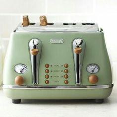 Delongi Toaster - sage green
