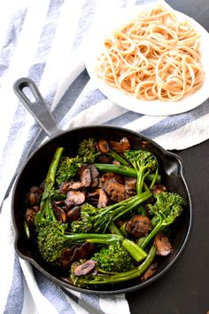Broccolini Mushroom Stir Fry | The Collegiate Vegan - only 7 ingredients!! use soy free soy sauce