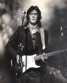 """Bernard Jenkins on Instagram: """"Derek and the Dominos. Fillmore East, NYC. October 24, 1970 #ericclapton This photo comes via mybluesguitar.com a remarkable site exploring…"""" Guitar Guy, Music Guitar, Guitar Players, Guitar Chords, Blues Artists, Music Artists, Fillmore East, The Yardbirds, Classic Rock And Roll"""