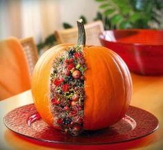 halloween, blommor halloween, pumpa fylld med blommor, halloween florals, pumpkin with flowers, flower decoration halloween
