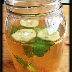 Combination of dr. Oz' Flush Water & Metabolism Booster      ~ Green Tea, Tangerine, Mint Leaves, Cucumber, Grapefruit