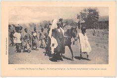 MALI SOUDAN Francais KAYES Un Mariage Indigene La Femme Completement Voilee Est En Croupe 5(scan Recto-verso) MA215