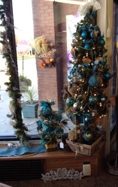 Burlap & ribbon Christmas Tree Clark Flower & Gift Shop