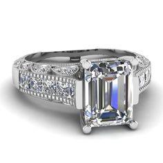 Emerald Cut Diamond Vintage Ring With White Diamonds In 14k White Gold