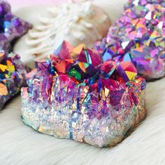 and synchronicity Rainbow aura Quartz in titanium reminds me of mermaid treasures & fairy bread. Such a pretty gem crystalRainbow aura Quartz in titanium reminds me of mermaid treasures & fairy bread. Such a pretty gem crystal Minerals And Gemstones, Rocks And Minerals, Raw Gemstones, Crystal Aesthetic, Pink Moonstone, Amethyst Quartz, Crystal Magic, Beautiful Rocks, Mineral Stone