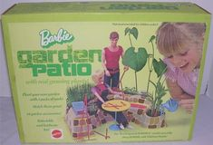 MATTEL: 1972 Barbie Garden Patio with Real Plants