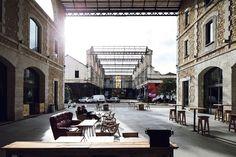 Bordeaux    : Darwin, le projet entrepreneurial mi-capitalistique, mi-associatif, installé sur le site de l'ancienne caserne militaire Niel.                                 http://next.liberation.fr/arts/2015/02/27/envolees-bordelaises_1191452